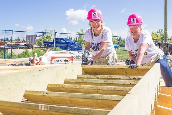Women-Build-May-28-2016-13.jpg