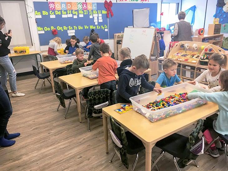 Kid-Groups-Lego-Build