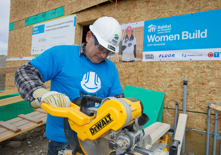 Volunteer with Habitat for Humanity in Calgary