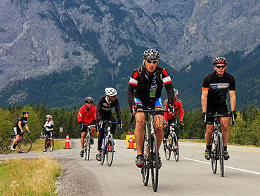 Ride through the Rockies in support of Habitat for Humanity